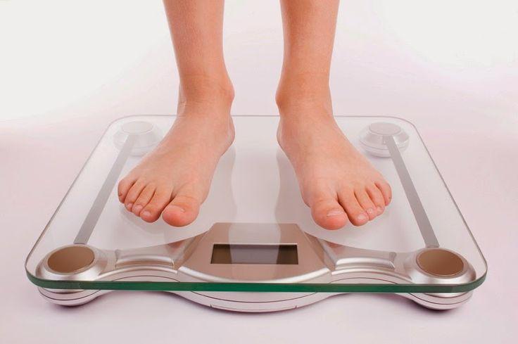 Cara Menghitung Dan Mengukur Berat Badan Ideal , baca lebih lanjut di  http://www.beritasehat.net/2014/09/cara-menghitung-dan-mengukur-berat-badan-ideal.html