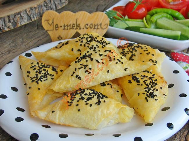 Fırında Patatesli Muska Böreği Resimli Tarifi - Yemek Tarifleri