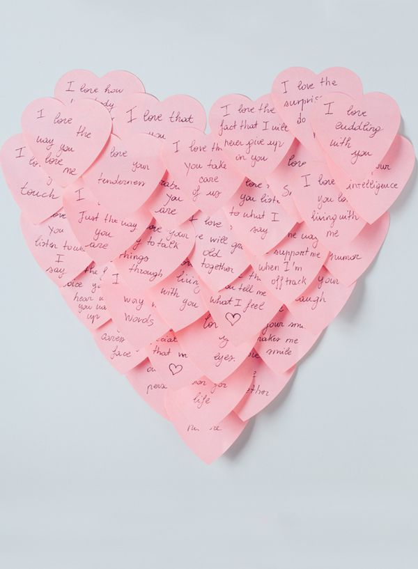 Post-it love note heart