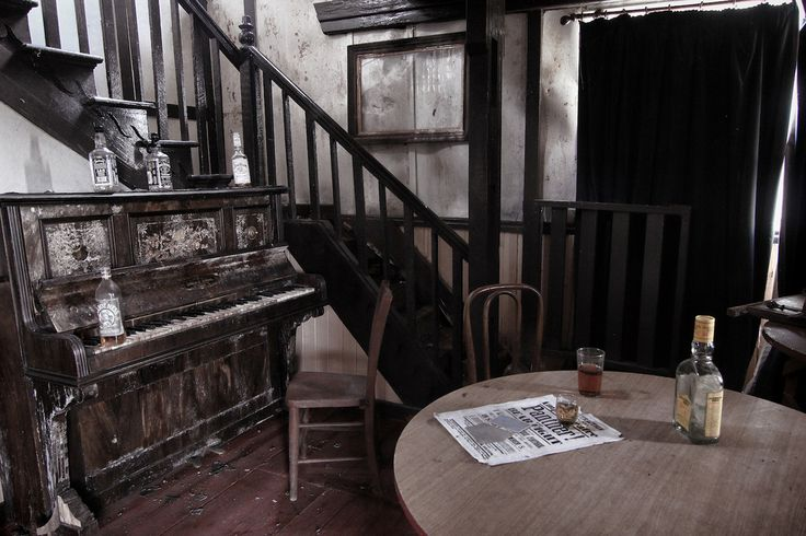 The photos were taken by urban explorer who goes by the name of Urbex-SW. | There Is An Abandoned Wild West Theme Park In Cornwall