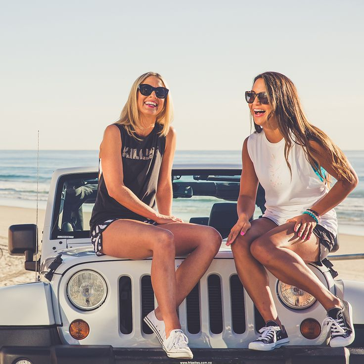 friends // jeep // summer // photography