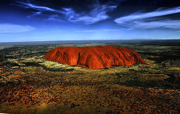 Best Australia Driving Holidays   We Aussies are very lucky. From Uluru to the Great Barrier Reef to modern day delights like the Sydney Harbour Bridge, there's a wealth of amazing sights right here on our doorstep that bring a hoard of international travelers to our shores each year. And yet, how much of it can you really claim to have seen? And remember, religiously watching Getaway doesn't count.  #australia, #australia driving holidays, #australia holiday, #australia tourist attractions