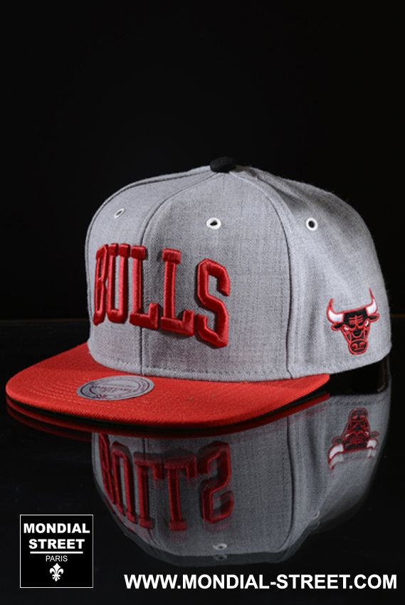 MITCHELL AND NESS  Casquette Chicago Bulls  sur MONDIAL-STREET.COM