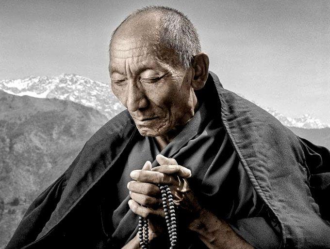 Порой кем-то оброненное слово может изменить судьбу человека. В этих цитатах — мудрость Далай Ламы и Пифагора,жизненный опыт Генри Форда и Томаса Эдисона, энергичность Ричарда Бренсона и непревзойденность...