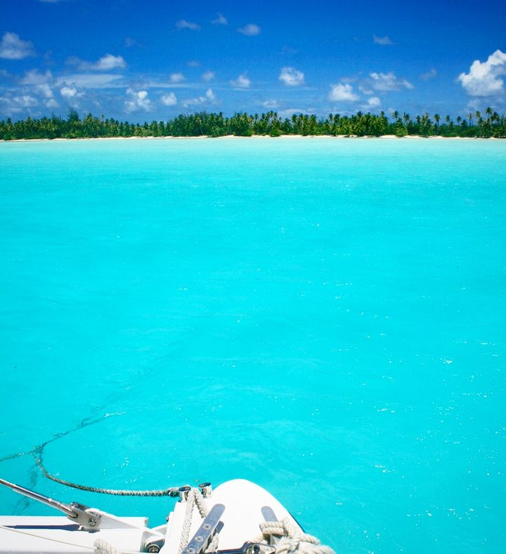 Oh yes my fave colours #50shadesofturquoise taken in the Bora Bora lagoon😍💙💦