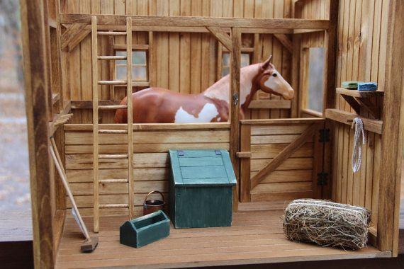 Cheval écurie/Grange Diorama à léchelle par NewcastleWoodworks