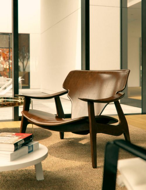 arm chair - a classic to your grandhildren inherit , by Sergio Rodrigues, a brazilian designer.