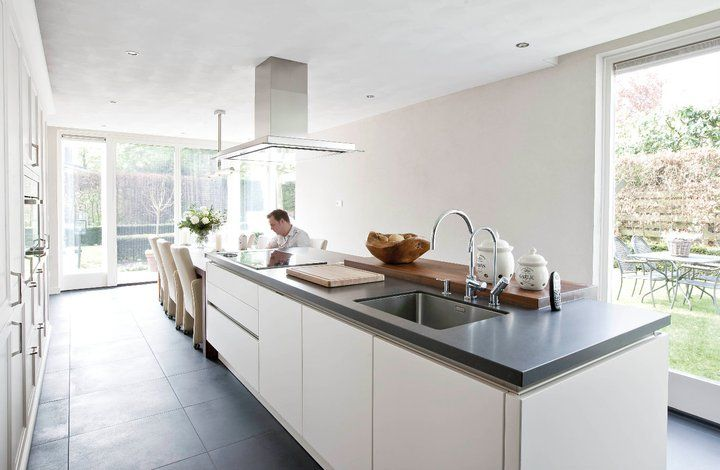 Gaaf met de eettafel aan het kookeiland keuken pinterest met - Klein keuken model ...
