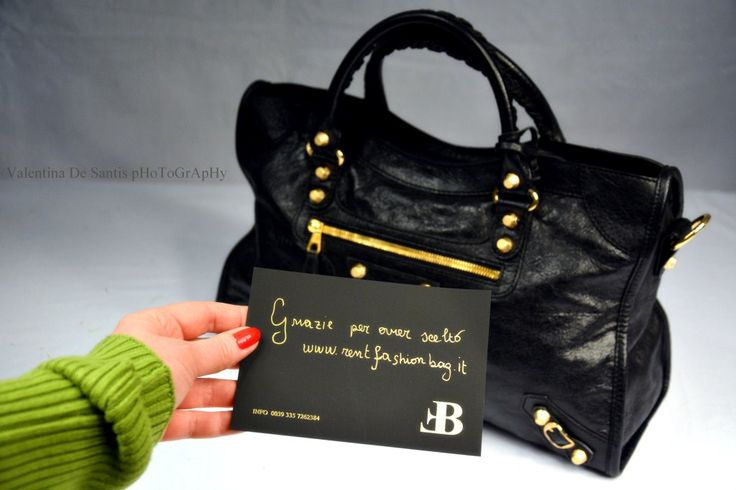 Ricevi a casa tua una borsa in affitto www.rentfashionbag.it semplice e comodo!