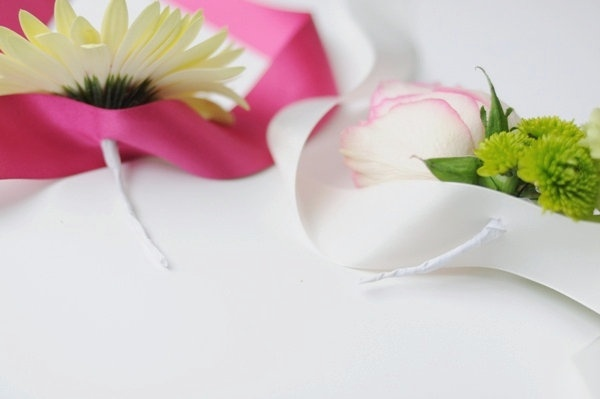how to make wrist ribbons