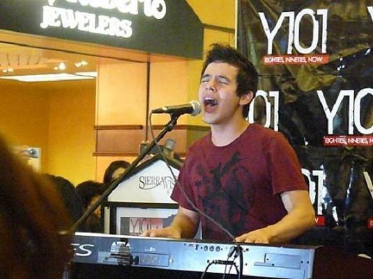 David Archuleta Performing