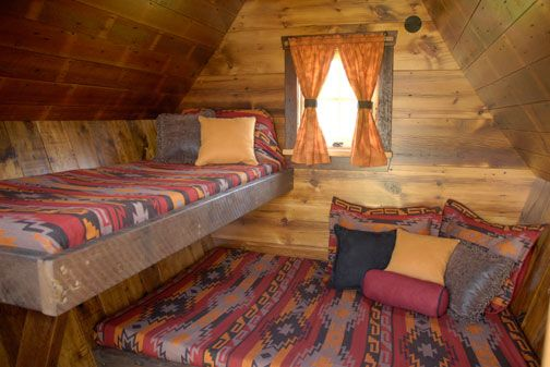 Bed Layout In Tiny Cabin Bunks Loft Diy Cabins