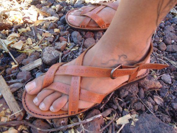 sandalias artesanales de tiras por AquelArte en Etsy