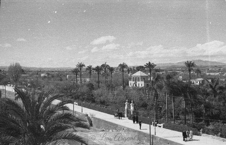 Paseo del Malecón, Marzo del año 1945. Murcia © Luis Argemí.