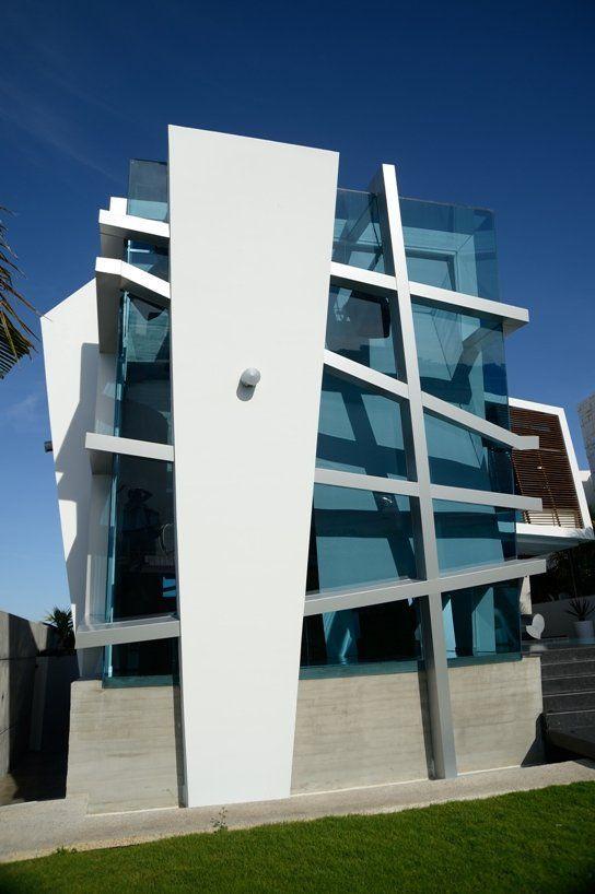 Mais arquitetura é uma arte linda. Casa Gomez by Sostudio / Sergio Orduña Architects | More on: http://www.pinterest.com/AnkApin/residential/