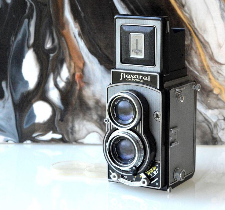 S nadšením sdílet nejnovější přírůstek do mého prodejce #etsy: Flexibilní automaty, fotoaparáty, staré fotoaparáty, Meopta, s originálním koženým pouzdrem, vyrobené z Československa, Vintage, Antique http://etsy.me/2E1DyiD #supplies #black #photography #filmcamera #voi