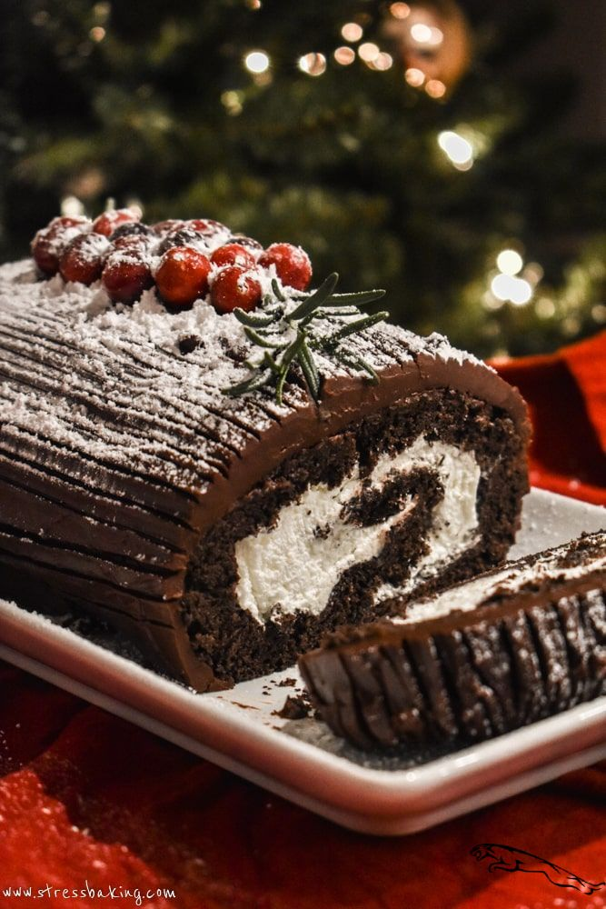Yule Log Cake (Bûche de Noël) christmascake in 2020