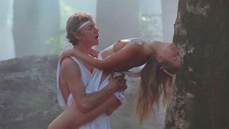 Egy éles jelenet a Caligula című filmből