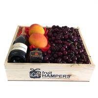 Summer Sydney Fruit Hamper  www.igiftfruithampers.com.au  #fruithampers #fruitgifts #giftsformen #luxurygifts #mangifts #freeshipping #hampers #gifthampers #giftsaustralia