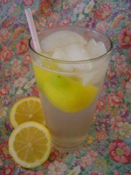 Lemon Shake-Ups. Photo by Sue Lau