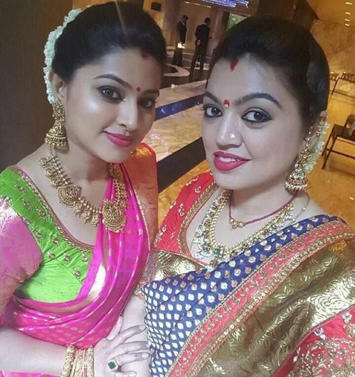 Sneha and her sister Sangeeta in Traditional jewellery. Sneha is wearing a antique gold necklace, jumkhas and antique bangles Shena is looking gorgeous in Pink kanjeevaram saree with th…