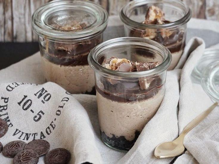 DIY-Anleitung: Oreo-Erdnussbutter-Cheesecake zubereiten via DaWanda.com