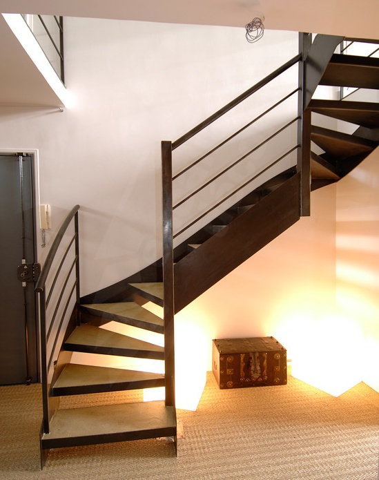 73 best escalier images on pinterest stairs stairways and balconies. Black Bedroom Furniture Sets. Home Design Ideas