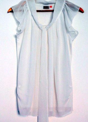 Kup mój przedmiot na #vintedpl http://www.vinted.pl/damska-odziez/bluzki-z-krotkimi-rekawami/8398361-vero-moda-biala-bluzka-z-kokarda-rozm-m