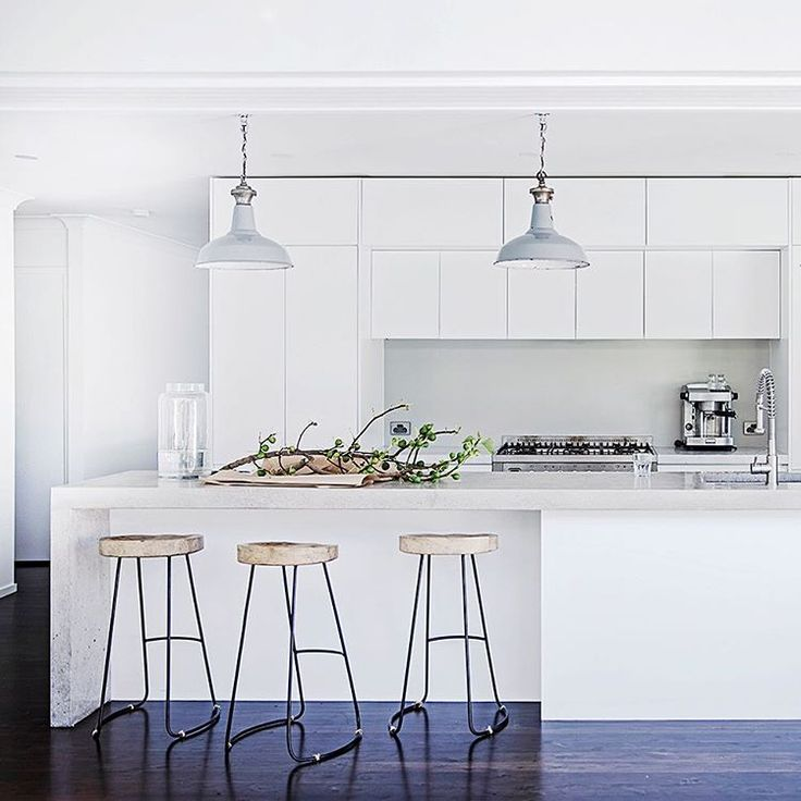 Real Living Magazine On Instagram Styletip Industrial Lightening Softens A Minimal White
