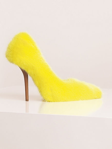 CÉLINE fur pumps