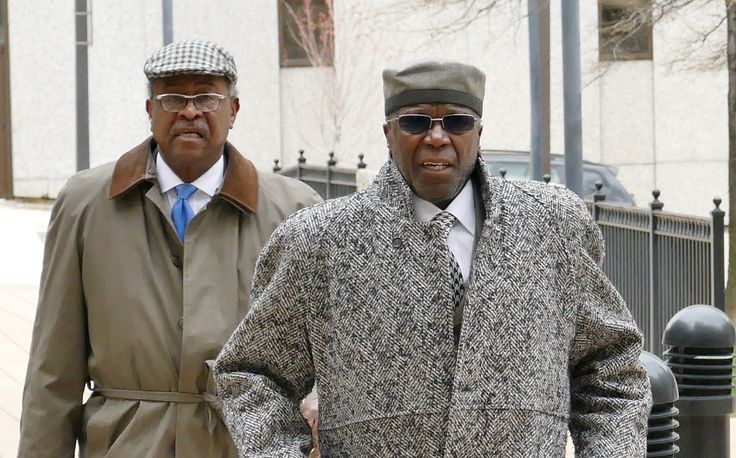 State Sen. Nathaniel T. Oaks, a longtime Baltimore state legislator, has been charged in U.S. District Court with wire fraud, court records show.
