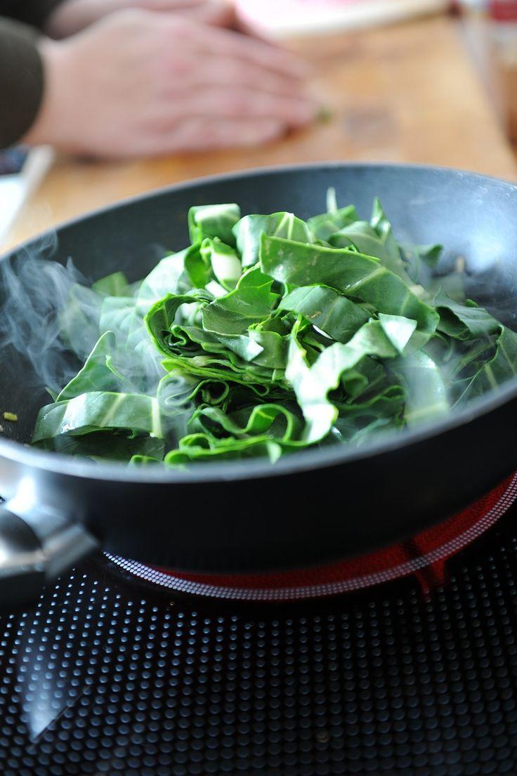 Las #acelgas son ricas en vitamina A, que ayuda a tener la piel sana, una buena visión, un cabello saludable, y a cuidar el sistema esquelético y el inmunológico. #verdura
