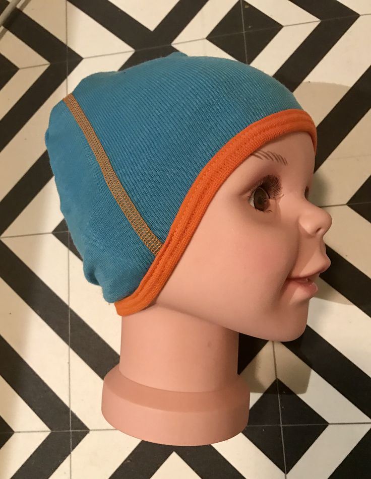 FUS hat from my inn sewing pattern. Easy! Buy it here: https://www.etsy.com/no-en/shop/FUSdesign?ref=s2-header-shopname  Choose tutorial in english or norwegian