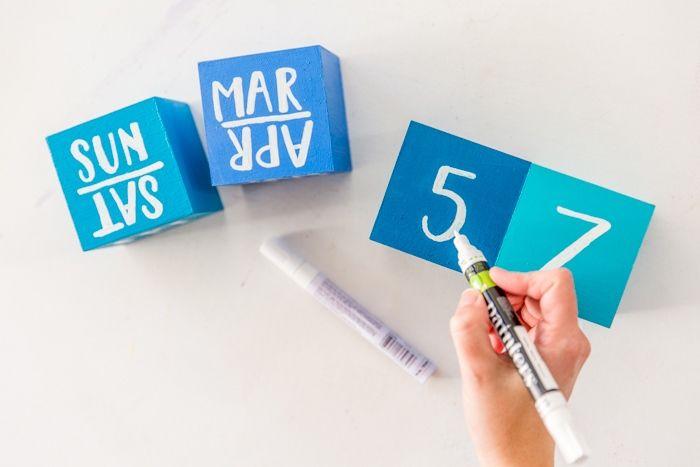 Make your own DIY wood block perpetual desktop calendar!