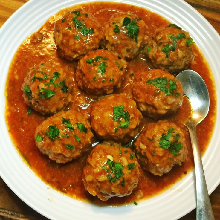 Slow Cooked Porcupine Meatballs