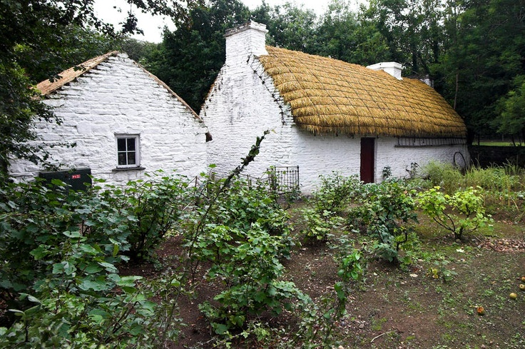 traditional irish thatched roof house thatched roof traditional