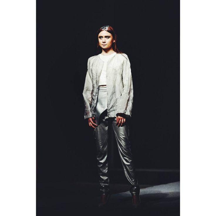 Outfit no.1 from #gogandru collection #fashion #fashiondiaries #design #gogandru #galamodauvt2015 #galamodauvt #galauvt #galauvt2015 #picoftheday #vscocam #timisoara #art #texture #fashiondesign #designer #sculptural #minimalism #white #pictureoftheday #clothes #architecture #inspiration #metallic #holographic #silver #student #collection #jacket #architectural