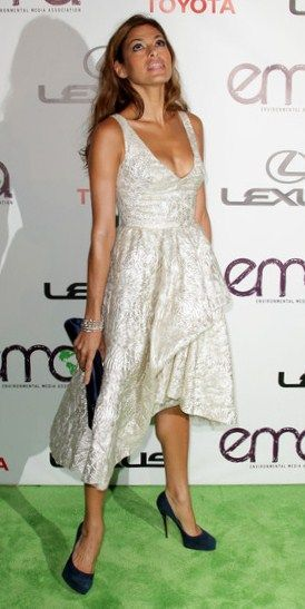 Actress Eva Mendes attends the 20th annual Enviornmental Media Association Awards at Warner Brothers Studios on October 16, 2010 in Burbank, California.