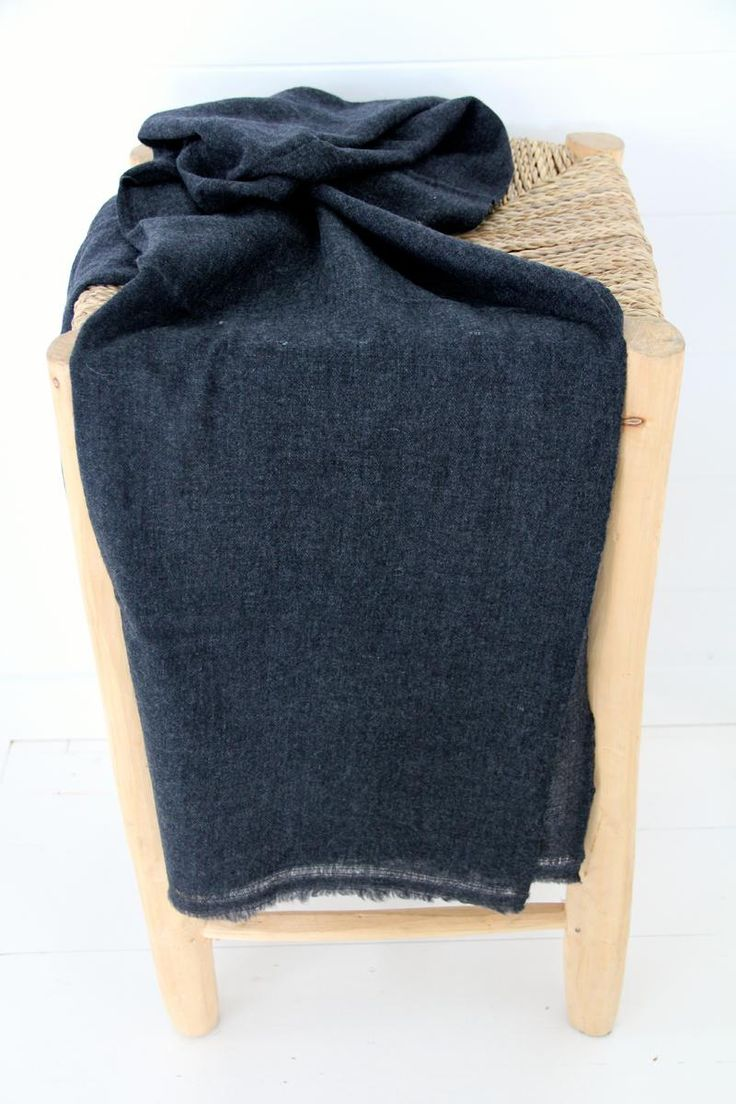 Cashmere Scarf - Charcoal | humidity DESIGN