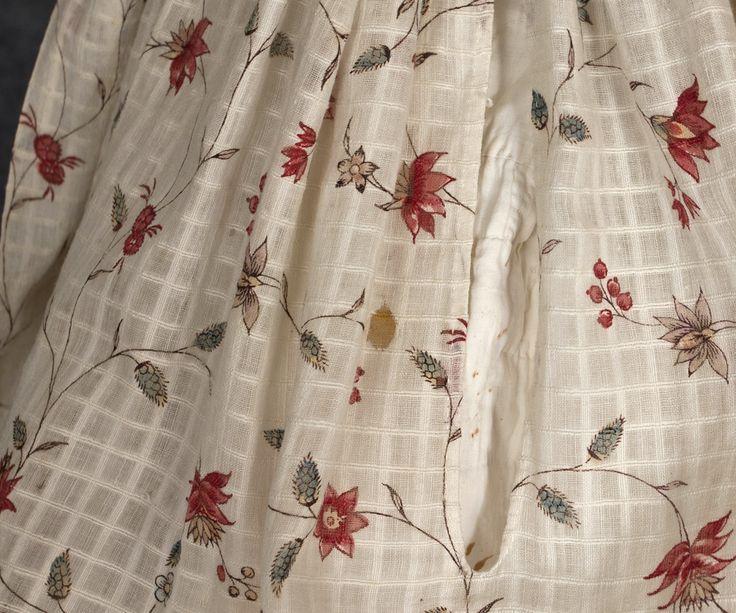 Cotton print gown, 1770s-80s