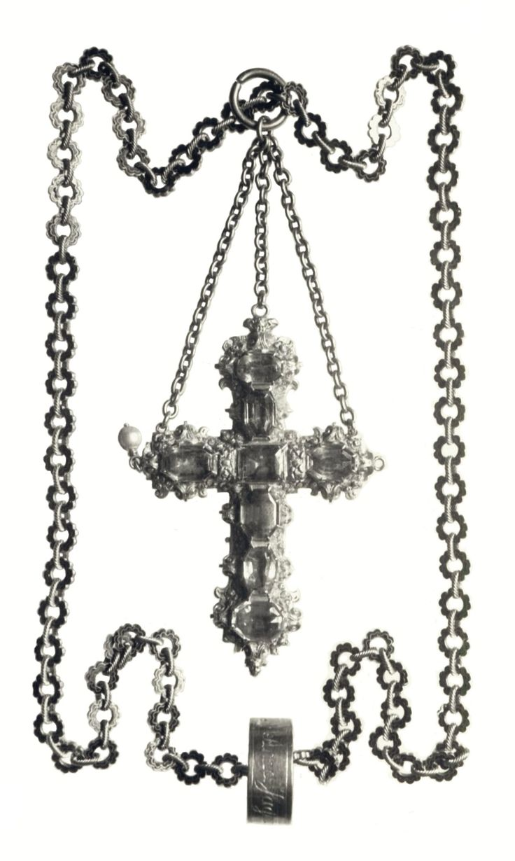 Cross on a chain of Anna Jagiellon by Anonymous from Poland, second half of the 16th century, Muzeum Czartoryskich, lost during World War II