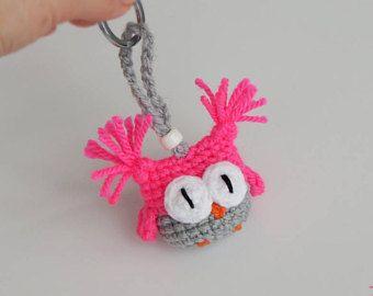 NEON roze uil sleutelhanger. Cool tienermeisje cadeau voor vrouwen. Interessante cadeau voor meisjes. Trend zomer accessoire voor zak Rave outfit Raver