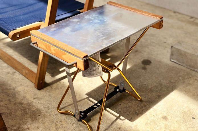 これ 試したい マイクロチェアをカスタムした 焚き火テーブル 風 サイドテーブル Camp Hack キャンプハック サイドテーブル チェア テーブル