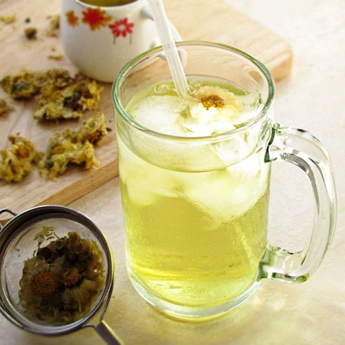 Chrysanthemum Tea: flowers contain Adenline Choine Stachydrine which is natural fragrant oil that provides herbal remedies for inflammatory, head ache, eyes pain, and indigestion. It also used as home treatment for coronary heart disease, kidney stone, infection, high blood pressure, asthma, and skin and nerve diseases.