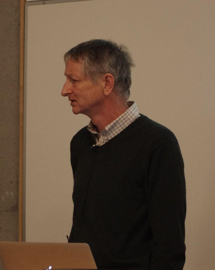 http://ift.tt/2oz61ZJ Geoffrey Hinton(Comp Scientist) is the great-great-grandson of logician George Boole (True/False  1/0)
