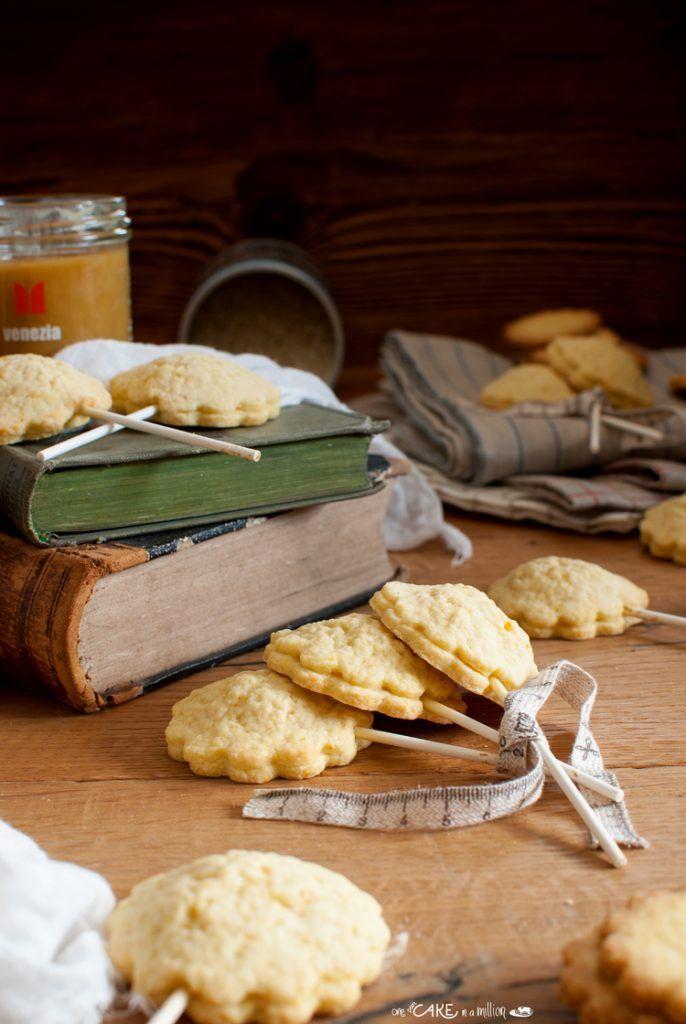 Biscotti lecca-lecca al riso e miele _ Lollipop biscuits with rice and honey