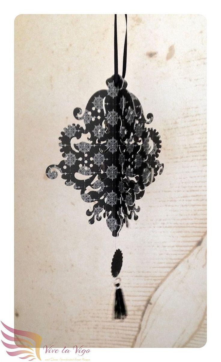 filigrane Hängedeko, schwarz, weiß, mit Tassel