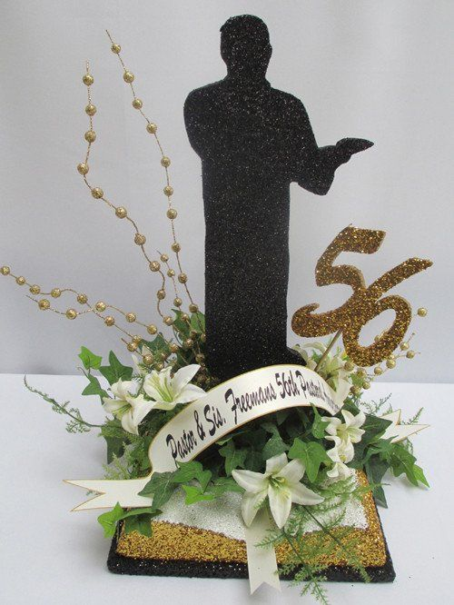 Bible Centerpiece with Pastor
