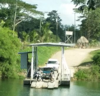 River crossing to Spanish Lookout, Belize - Belize travel blog, travel tips