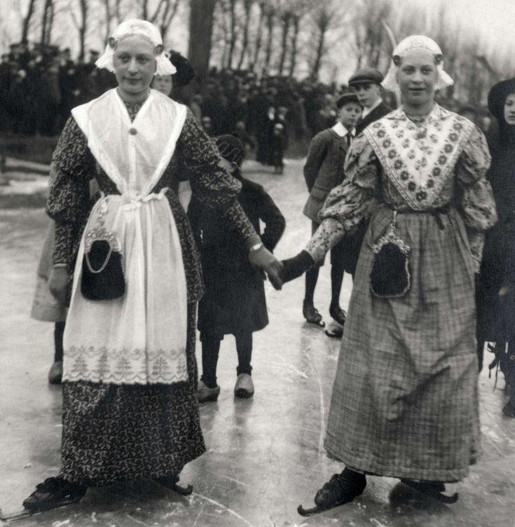 legit dame kostuum in Leeuwarden